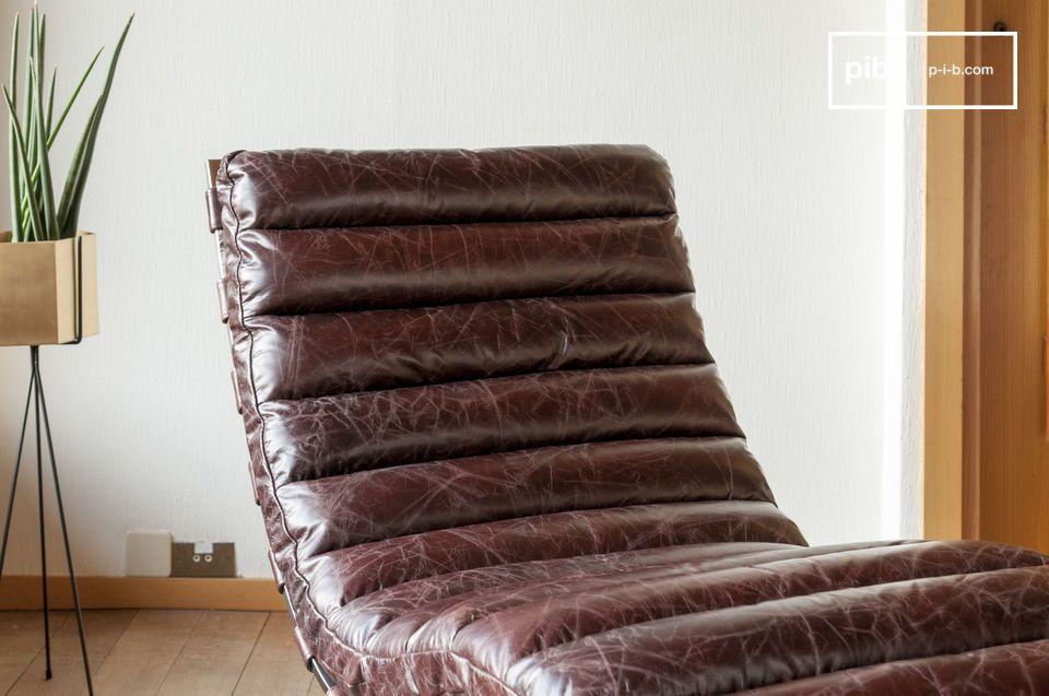 Dieser ergonomisch gestaltete und originelle Ruhesessel hat eine raffinierte Ästhetik