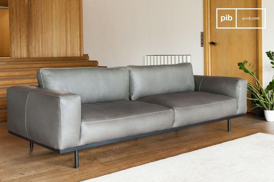 Ein großes dreisitziges Sofa, das Herzstück Ihres Wohnzimmers.