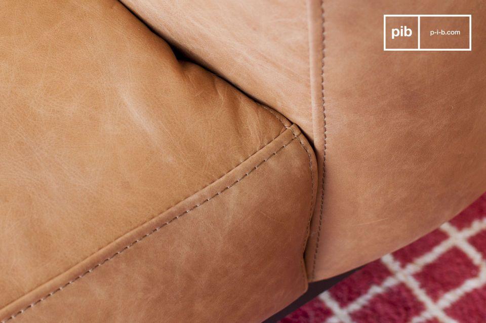 Ein gemütlicher Sessel aus Nougatleder