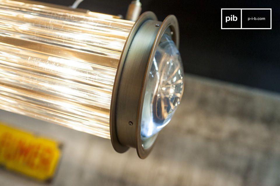 Die Newton Pendelleuchte kombiniert ein elegantes Design mit maximaler Helligkeit