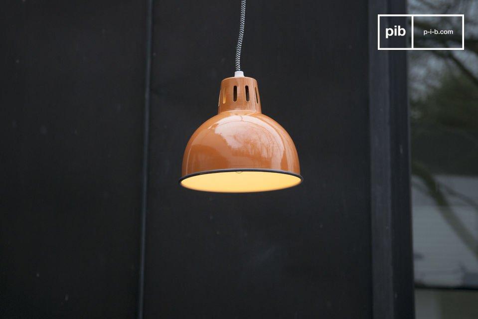 Orange Lampe Snöl