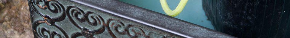 Materialbeschreibung Paar von Gewächshäuser mit Klee
