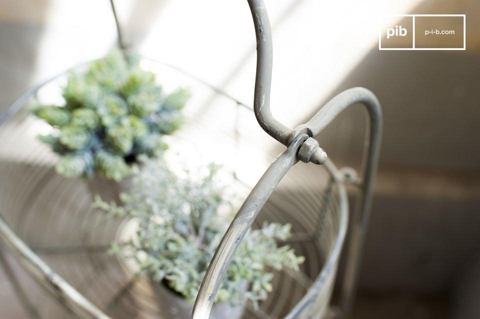Ein praktisches Aufbewahrungsmöbel für die Küche oder das Wohnzimmer