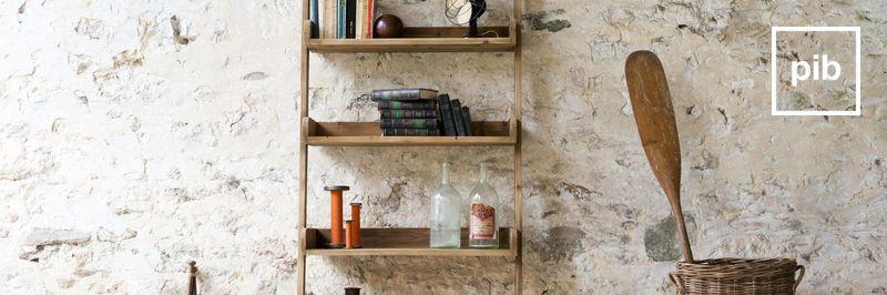 Regale aus Holz