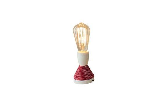 Retro-Glühbirne mit langen Glühfäden ohne jede Grenze
