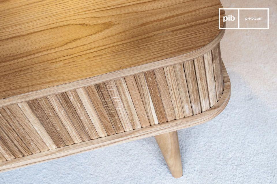 Auf beiden Seiten des Tisches befindet sich ein Stauraum
