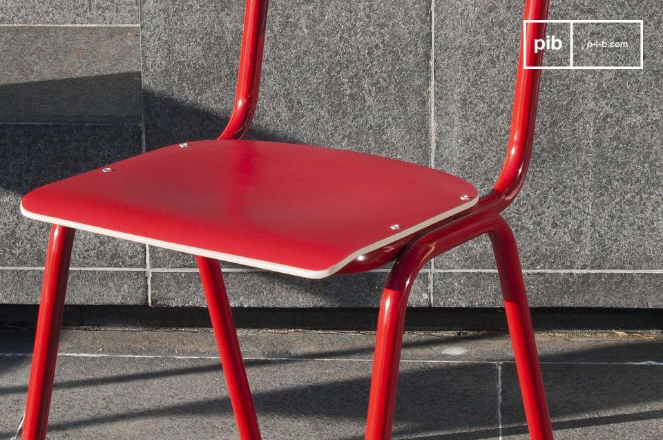 Roter Stuhl Skole - 1