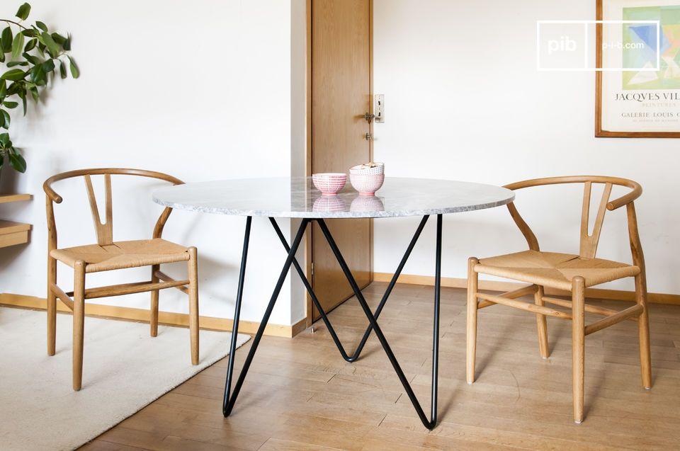 Runder Tisch aus schwarzem Marmor Grimaud