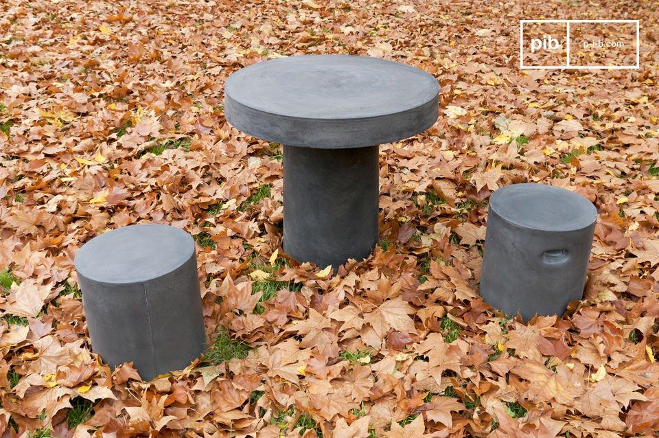 Tisch im Beton-Look für drinnen oder draußen