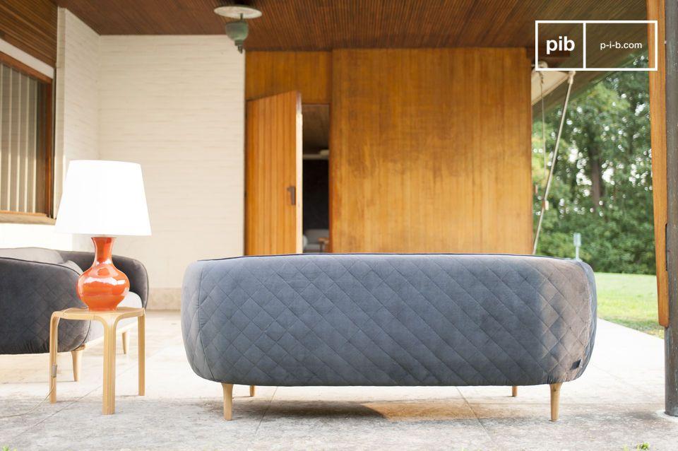 Dieses Design wird vorallem Fans von skandinavischen Möbel des zwanzigsten Jahrhunderts sehr