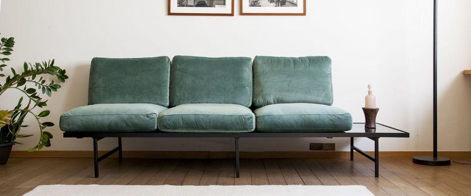 Samt und Marmor Sofa Carthy