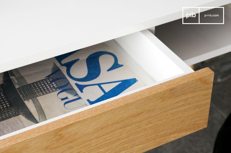 Der Ästhetische und funktionelle Tisch Katalina besitzt Abmessungen