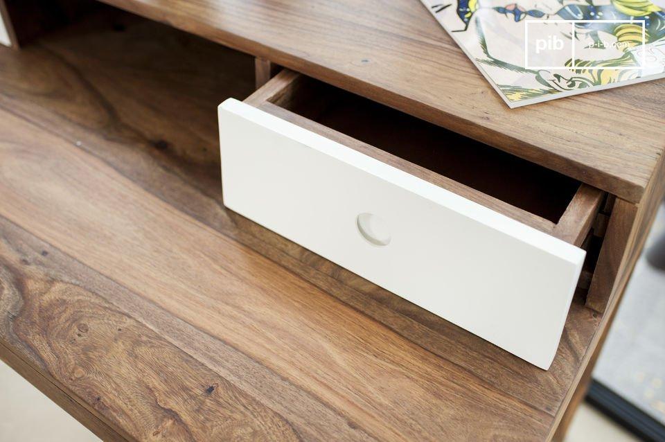 Der Schreibtisch Naröd verbindet Originalität mit hochwertigen Materialien und Vintage Design