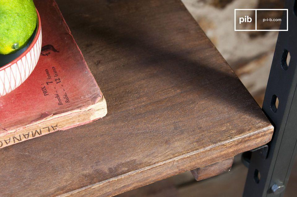 Dieses Möbelstück ist inspiriert von industriellen Flair aus dem Anfang des 20