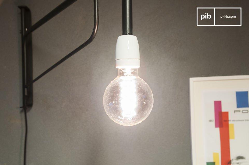Diese Wandlampe im Stil der 50er Jahre bringt besonderen Charme in Ihr Interieur
