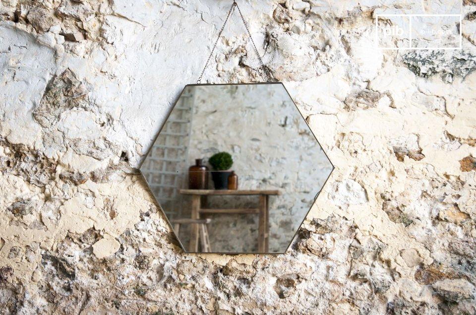 Ein schlichter Spiegel im vintage Design
