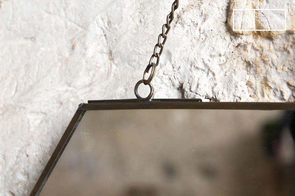 Der sechseckige Spiegel Solliès-Pont ist ein Wanddekorationsaccessoire mit schlichtem Design und
