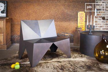 Sessel aus Metall Polygone