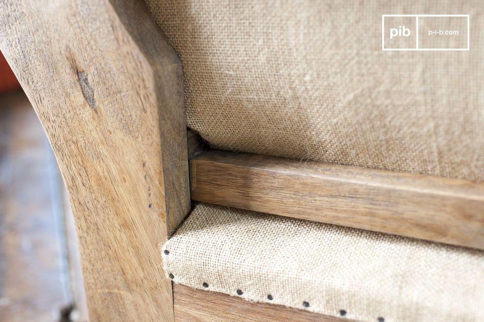 Sei es in Bezug auf die Struktur oder den Sitz, die Materialien wurden mit Sorgfalt verarbeitet