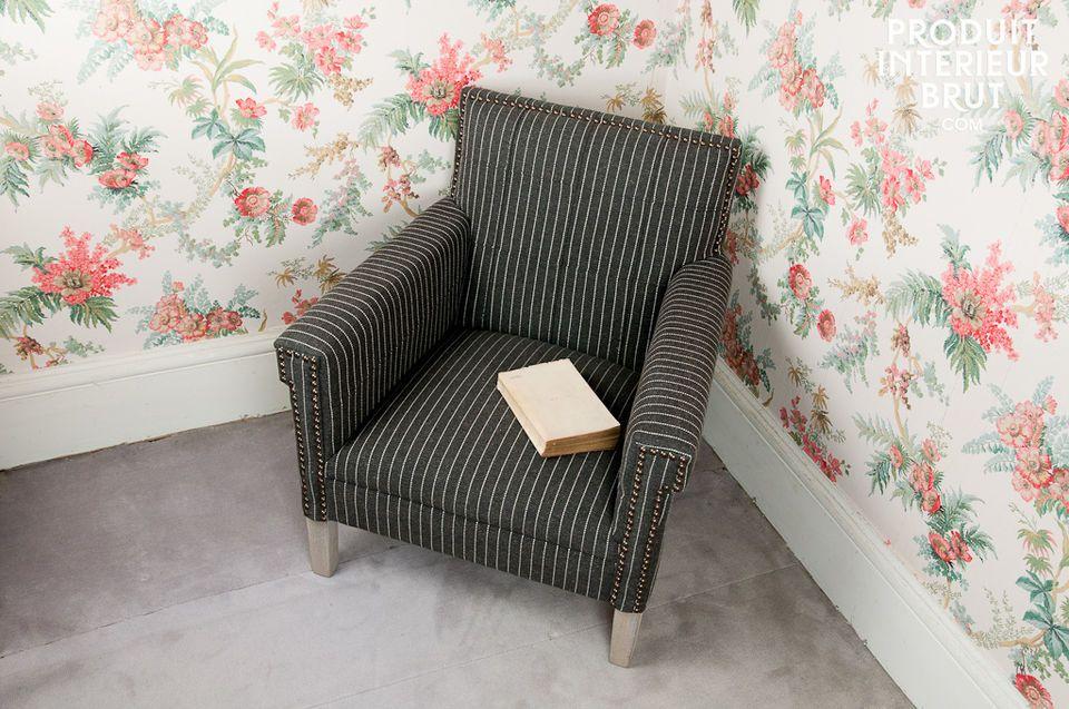 Der Sessel Edgar Poe besticht durch seine solide Beschaffenheit