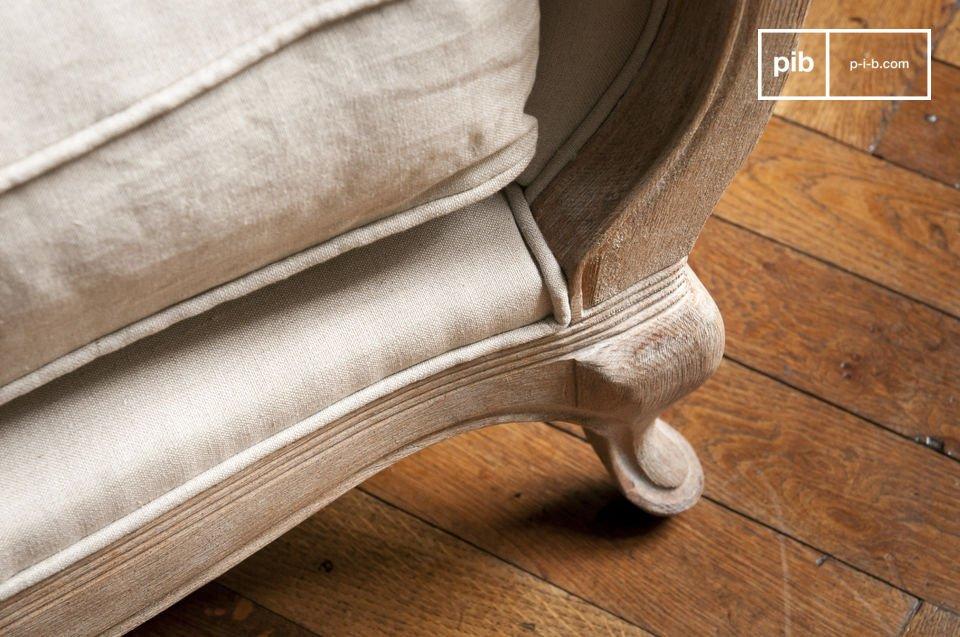 Der Sessel Grand Trianon passt perfekt in ein schönes Wohnzimmer oder aber auch in eine Ecke des