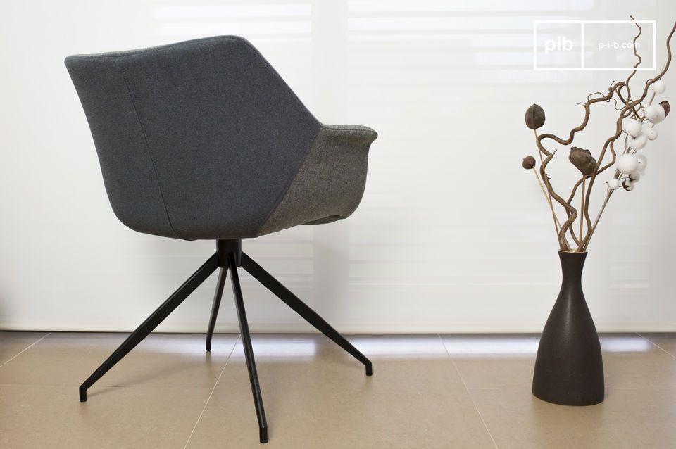 Der Sessel Grimsson ist eine schöne Würdigung der skandinavischen Möbelkunst der 60er Jahre