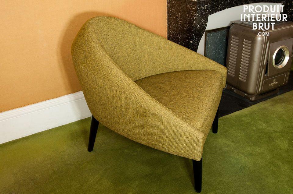 Ein wunderschöner Vintage-Sessel mit überarbeiteten Formen