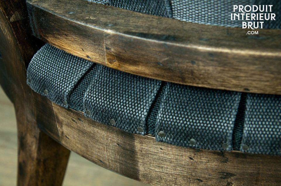 Trendiger Vintage-Sessel in extravagantem Design