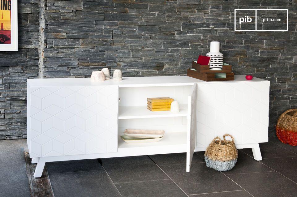 Praktische Aufbewahrung mit hellem skandinavischen Design