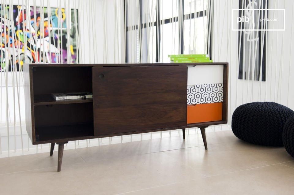 Ein Aufbewahrungsmöbel im puren skandinavischen Design