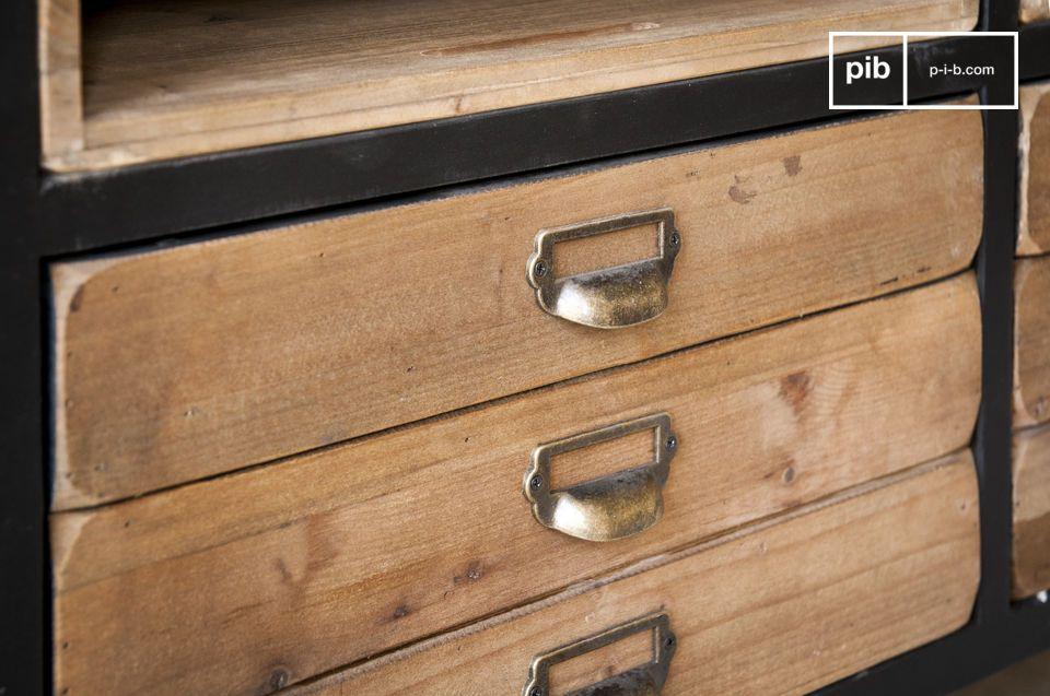 Das Sideboard Van Ness besitzt die typischen Linien eines Atelier Möbels aus der Mitte des 20