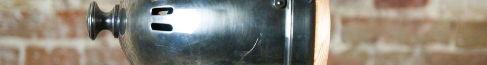 Materialbeschreibung Silberfarbene Scheinwerferleuchte XXL