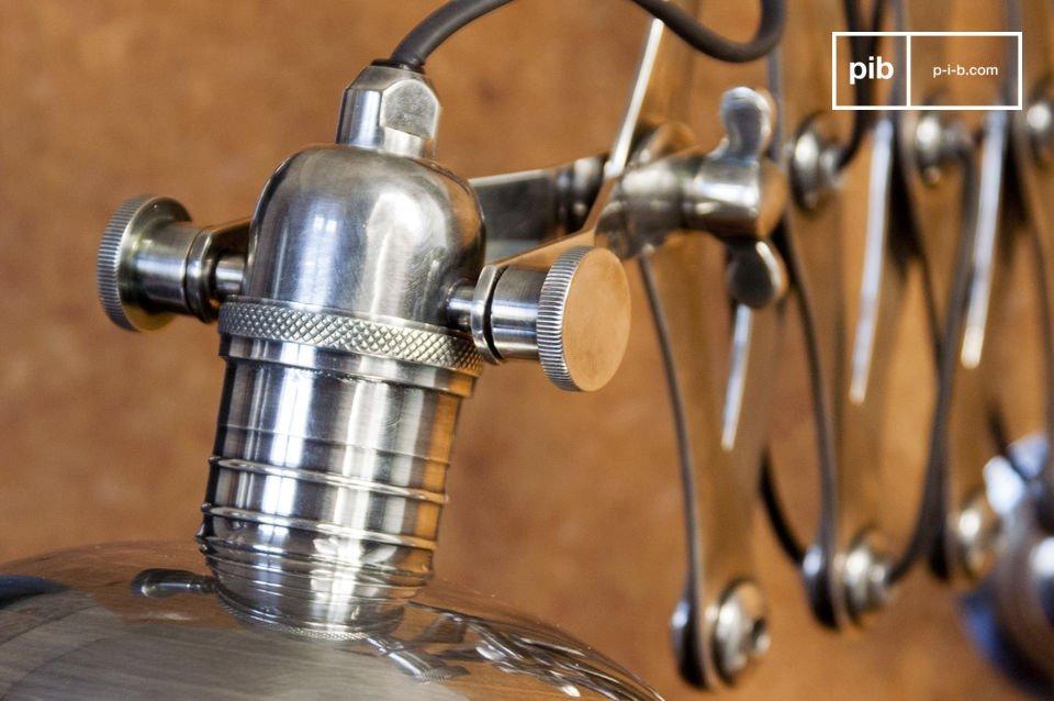 Eine originelle Leuchte, die Sie an die Werkstätte der 50er Jahre erinnern wird