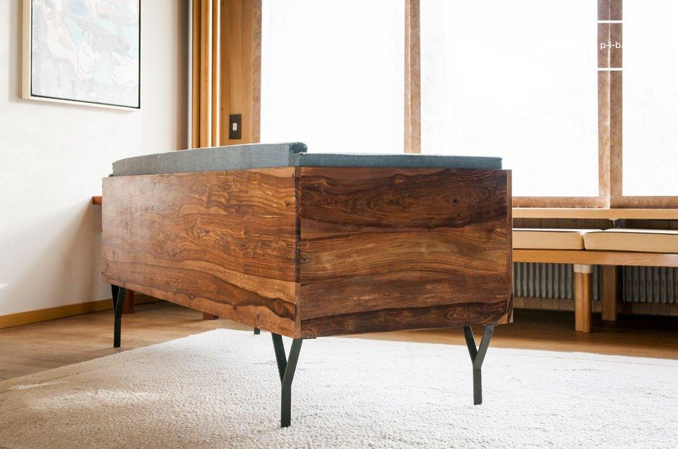 Die Sitzbank Mabillon bringt einen Hauch von skandinavischem vintage Stil in Wohnzimmer oder