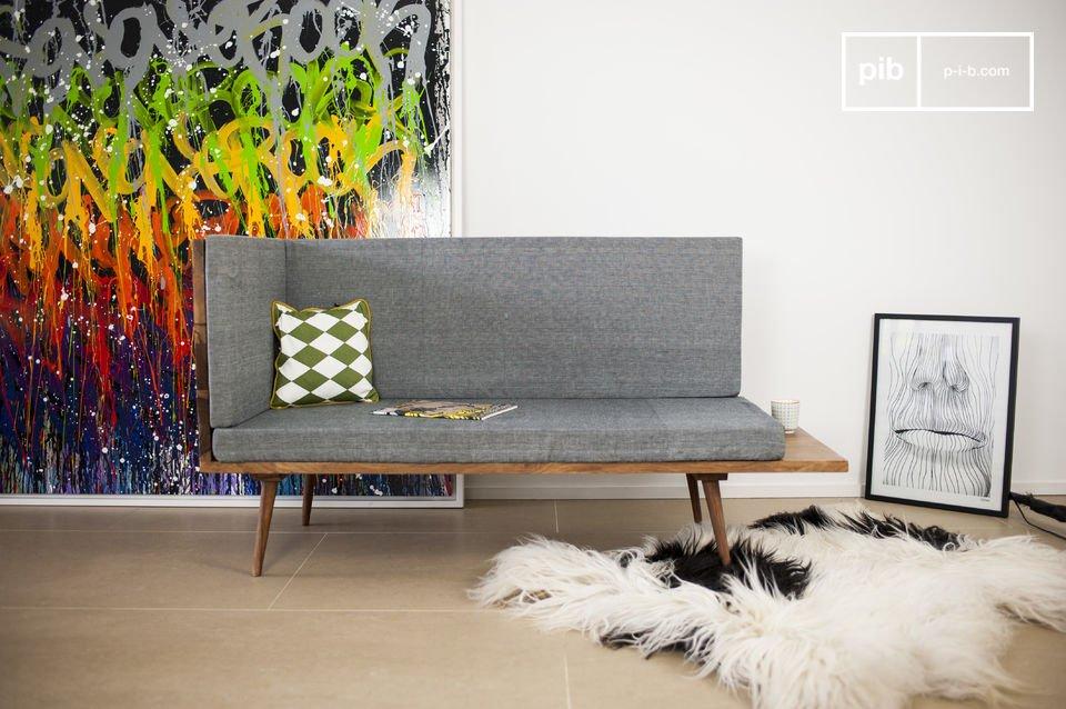 Die Sitzbank Sensilä macht sich sowohl in Ihrem Eingangsbereich als auch in Ihrem Wohnzimmer