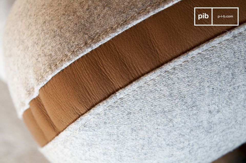 Wolle und Leder für ein Retro-Sofa mit grafischen Kurven