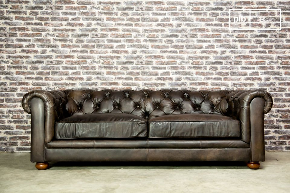 Ein elegantes und komfortables 3-Sitzer-Sofa