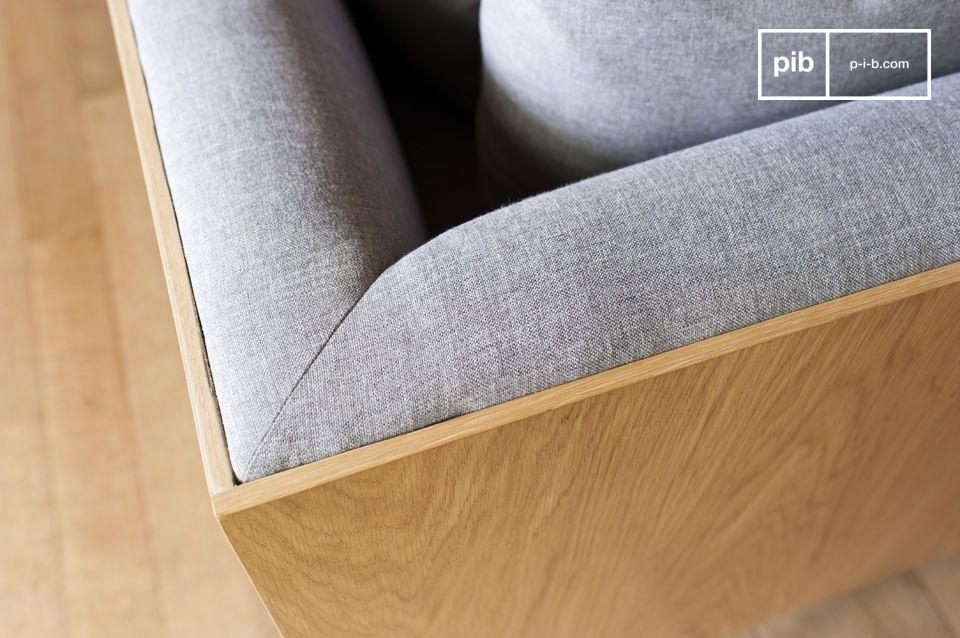 Das Sofa Jackson weist einfache und elegante Formen auf