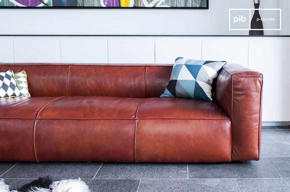 Dieses vintage Krieger Sofa ist aus 100% Leder und hat einen eleganten vintage Look
