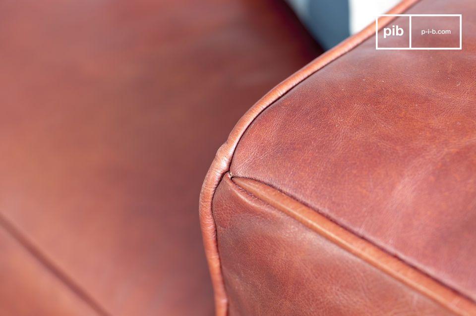 Großes Sofa aus Leder im vintage Design