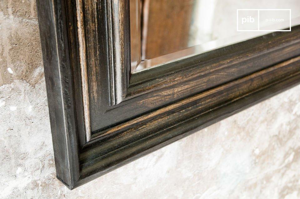 Der Spiegel Sigara ist Deko-Accessoire für Ihre Wände