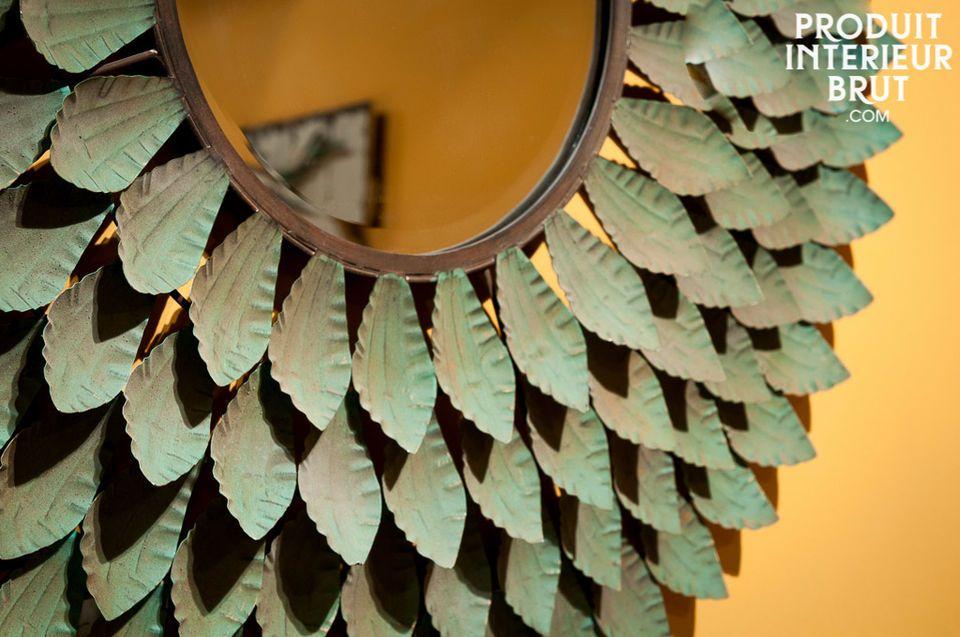 Großer Spiegel ganz aus Metall