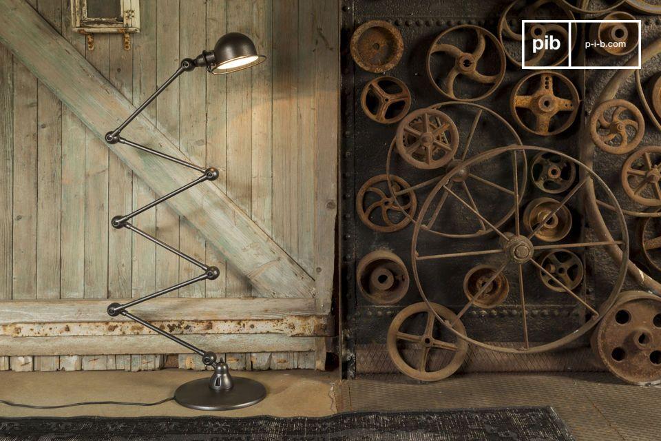 Erhellen Sie Ihr Interieur mit der Lampe Jieldé, eine wahre Ikone des französischen insdustriellen Stils