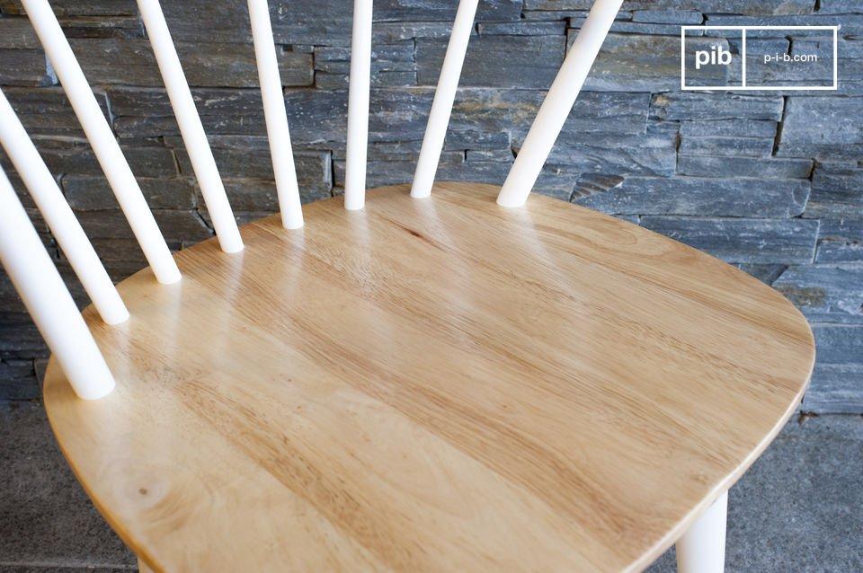 Schlichte Linien und 100% Holz