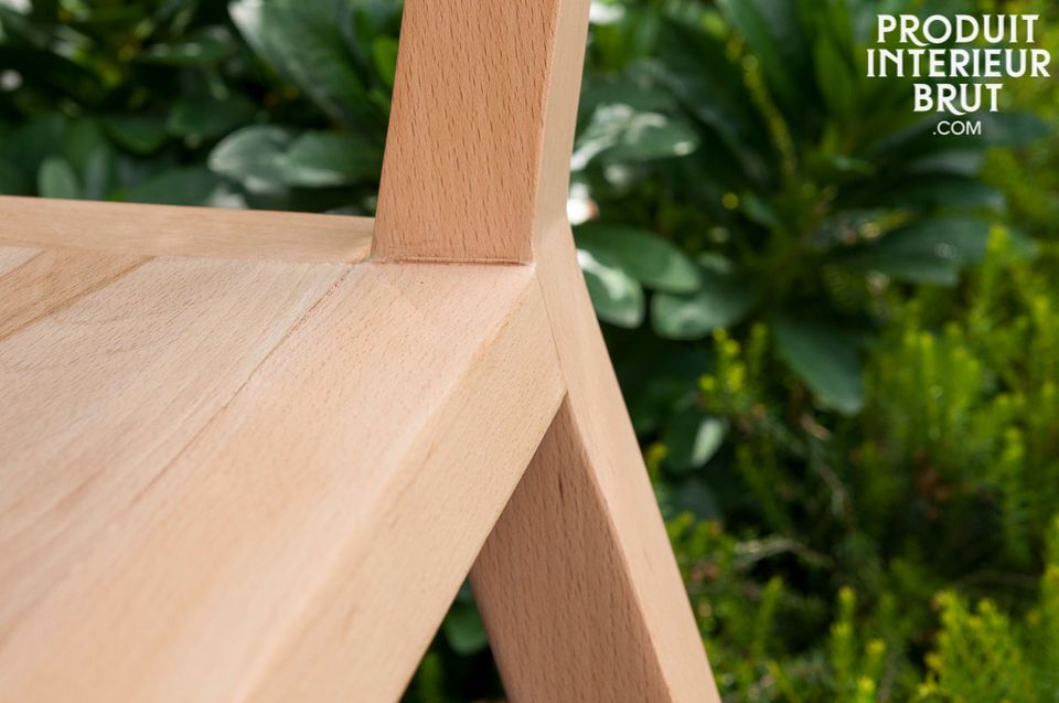 Nordischer Stil mit hellem Holz