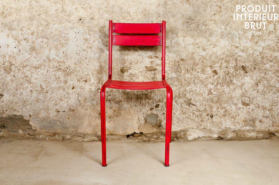 Stuhl Pretty mit roter Patina