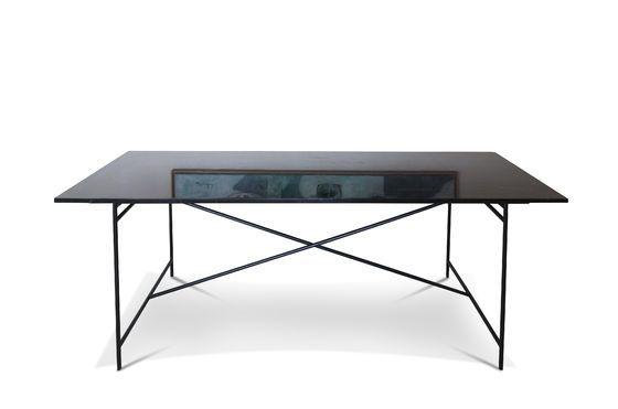 Tisch aus schwarzem Marmor Thorning ohne jede Grenze