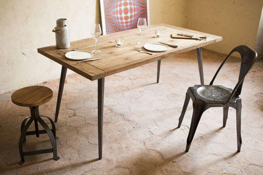 Tisch Limor