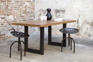 Tisch Peterstivy