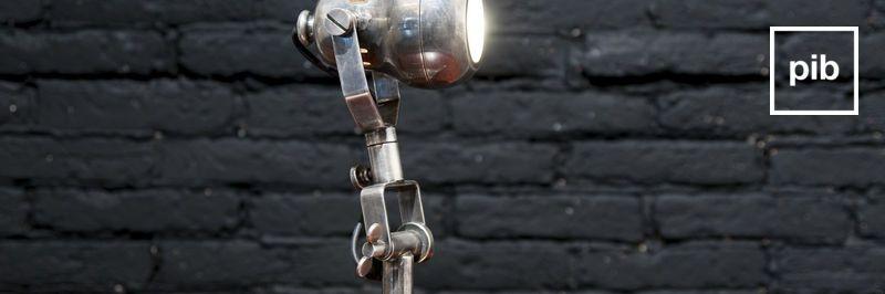 Tischlampe industrial bald zurück in der Sammlung